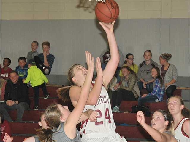 Platteville girls end Pointers' 30-game winning streak