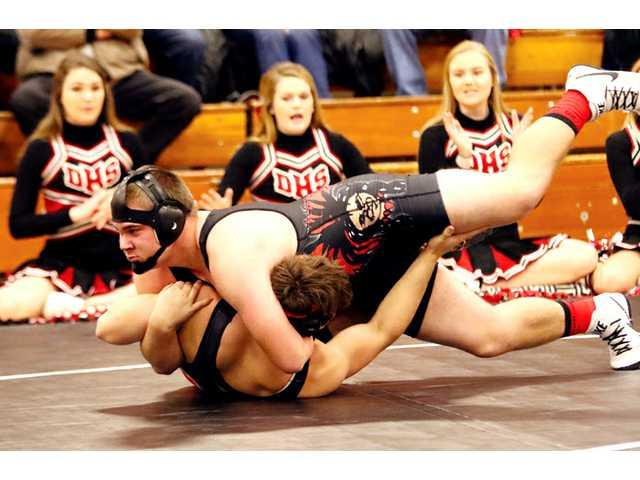 WarBirds pin down Dodgers in dual match