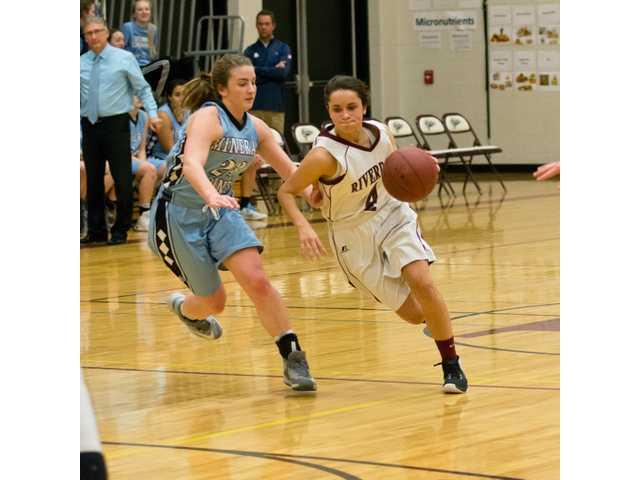 Lady Chieftains fall to the Pointers