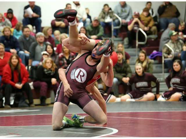 Wrestlers defeat Boscobel