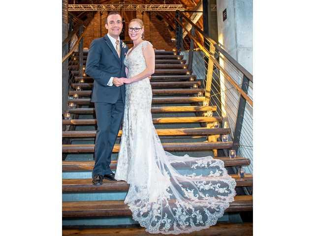 Elizabeth Farnham bride of Trevor Keegan on Nov. 19