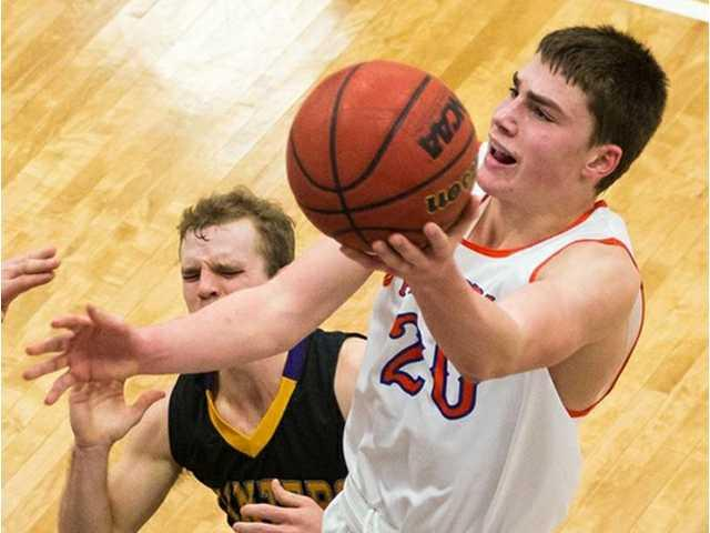 Freshman Voelker comes up clutch in win over Point