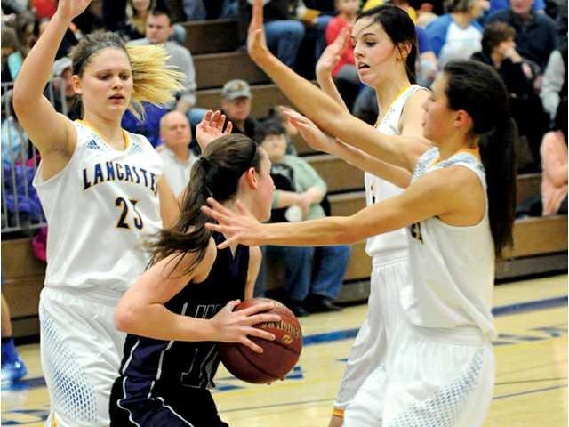 Lady Arrows get Defensive