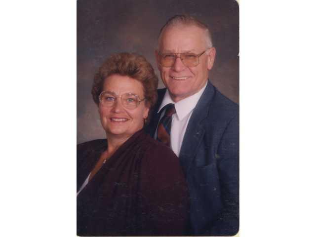 Ihms celebrate 60th wedding anniversary
