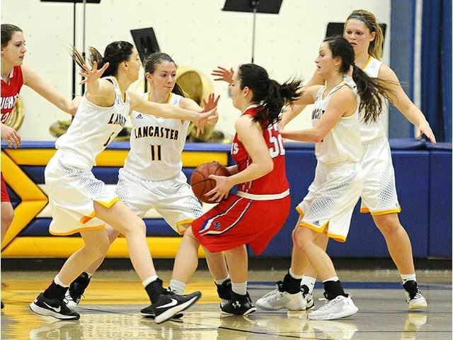 Arrows fall to top-seeded Wisconsin Heights