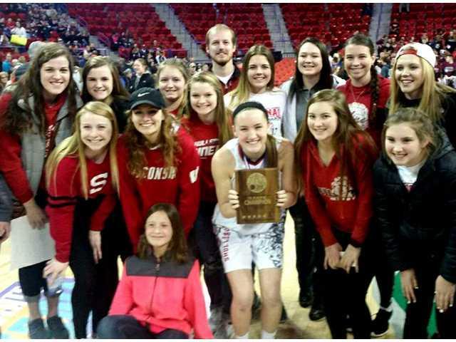Rennert wins WIAA Girls' 3-Point Challenge