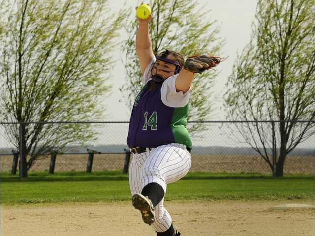 River Ridge/Cassville softball team sits 3-2 in Six Rivers conference