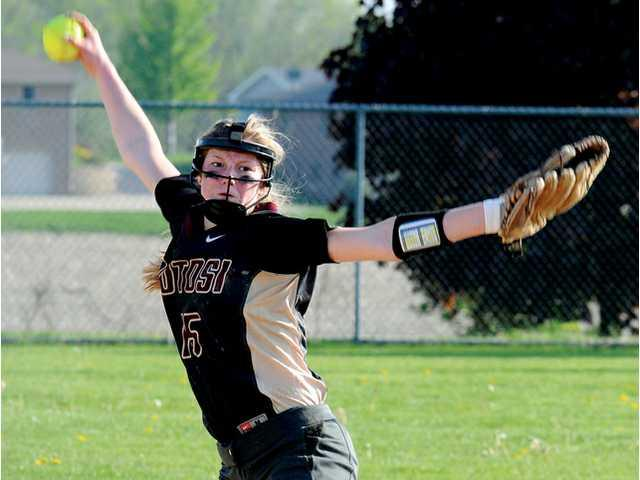 Potosi softball picks up two wins
