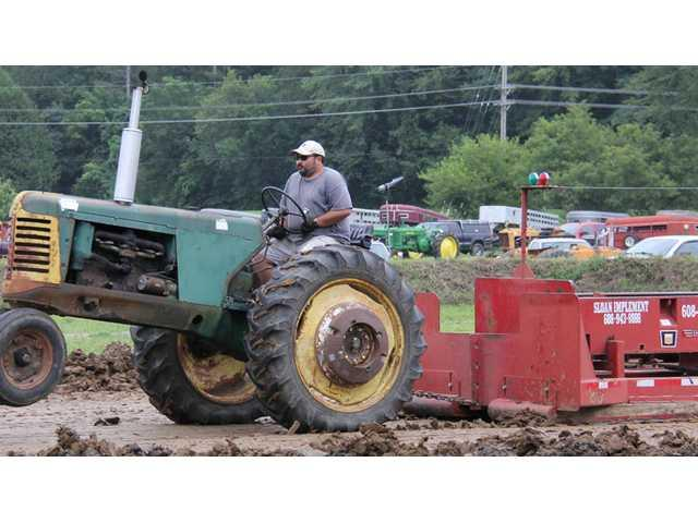 Crawford County Fair antique tractor pull results