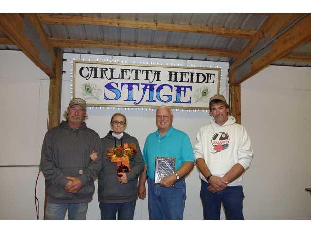 Bob Bindl receives Lifetime Service Award