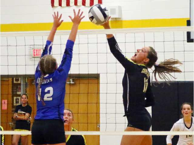 Cubans take over SWAL lead with Wildcats help
