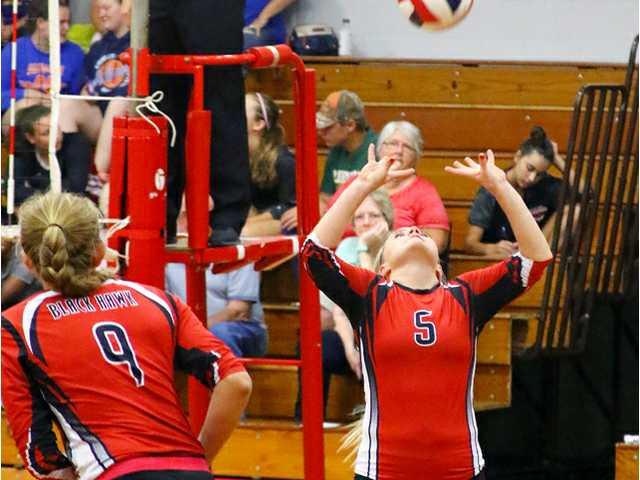 Black Hawk keeps pace atop East with sweeps