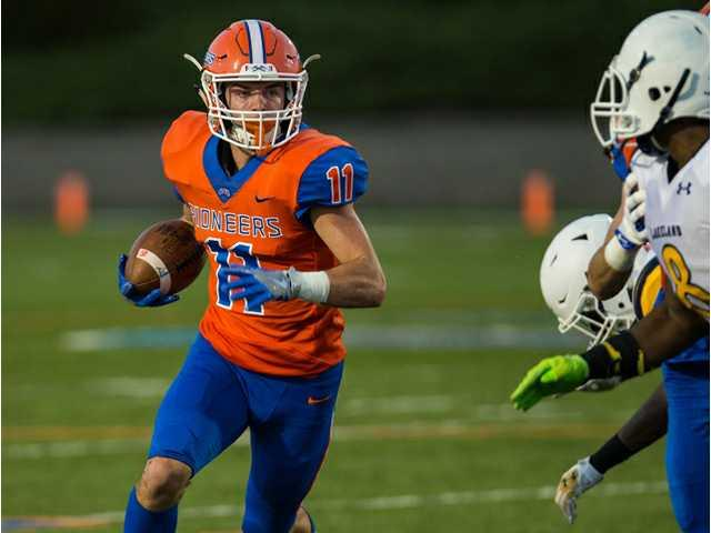 Pioneers race to big lead in win over Lakeland