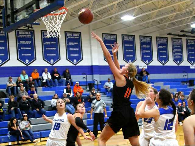 Southwestern girls top Belmont