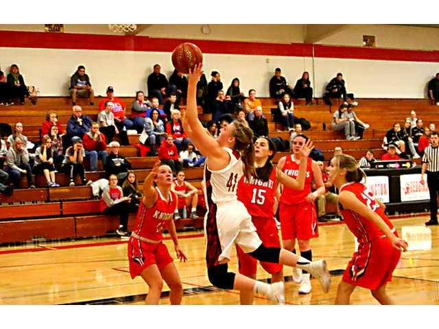 Lady Redbirds conquer Glarner Knights in opener