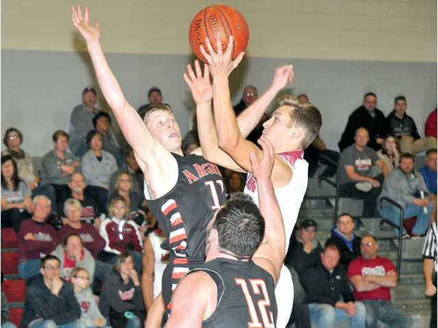 Balanced attack leads new-look Hillmen