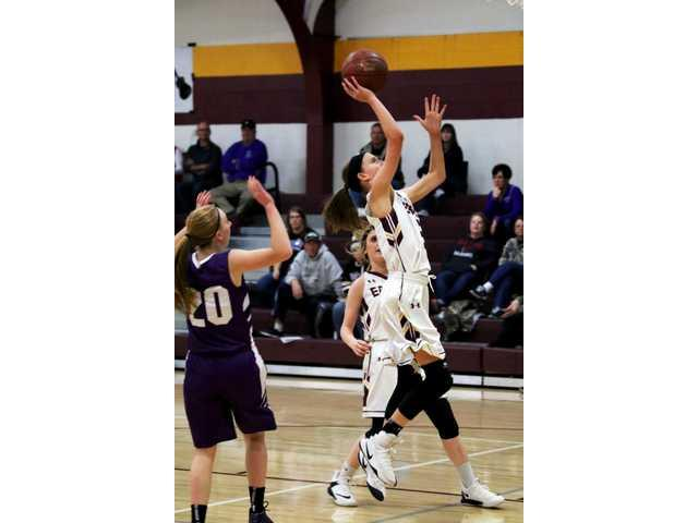 Fennimore girls fall short against River Ridge