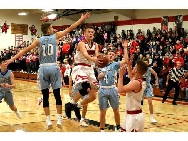 Redbirds open SWAL defense by shooting down Pointers
