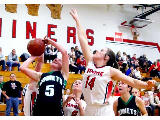 Strong second half carries Lady Miners over Comets