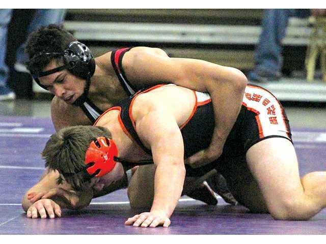Iowa–Grant/Highland's Max Maylor wins Bi-State title