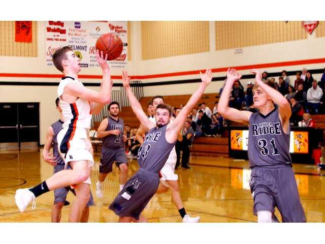 Crubel, T'Wolves tip Braves at the buzzer