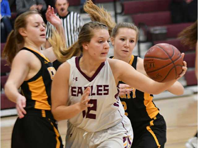 Lady Eagles lose road games at River Valley, Darlington