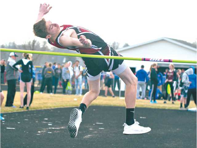 Hillmen boys win Lancaster invite