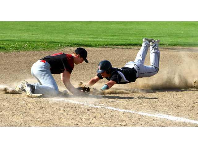 Benton/Shullsburg locks down second straight West title