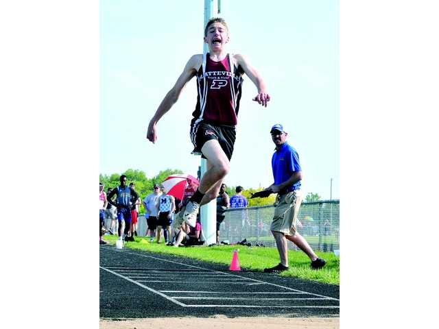 Hillmen get six events to state