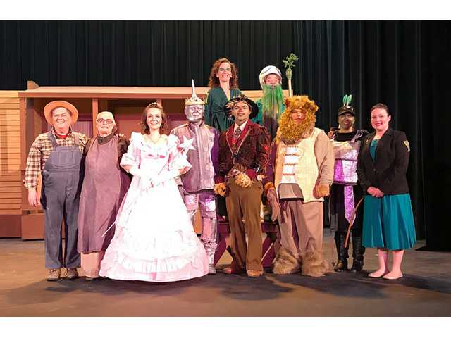 Last chances to see 'Christmas in the Land of Oz'