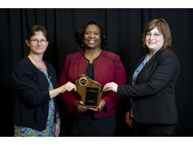 Ithaca Elementary named a School of Recognition