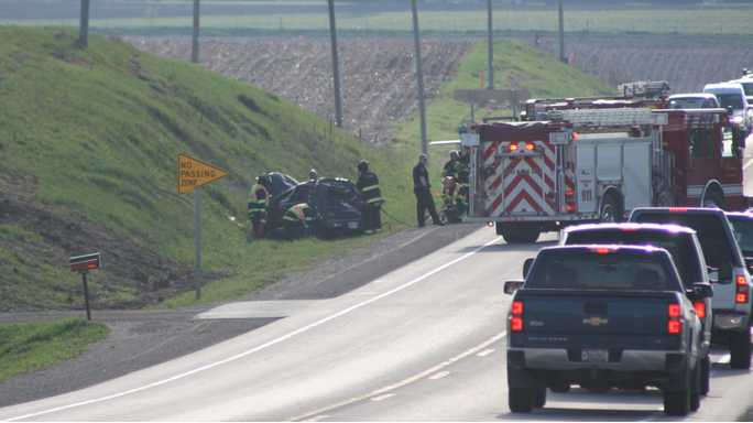 Rollover crash slows traffic on Highway 18