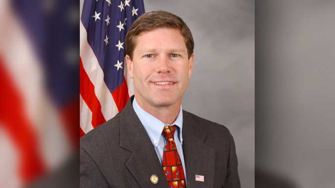 Congressman stopped by Lancaster while holding area listening sessions
