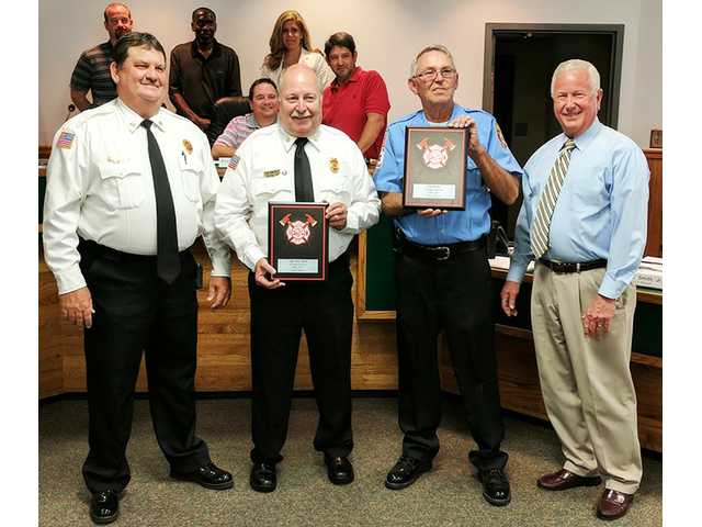 Rincon council honors three for 30 years of service