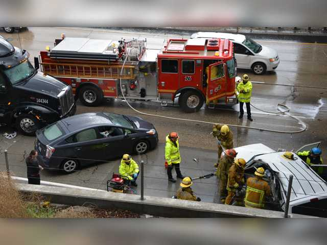 Rainfall in SCV contributes to multiple crashes, at least two injuries
